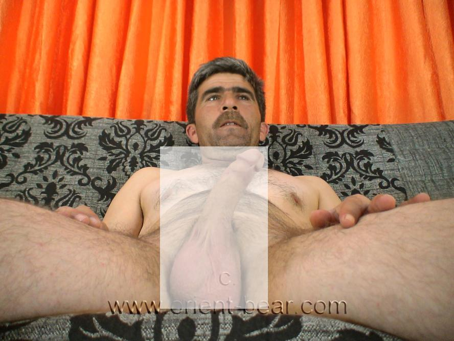 naked kurdish man