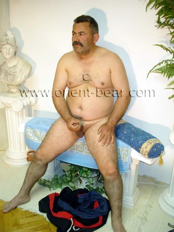a naked older turkish farmer